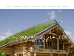 Fabrican de maisons en bois brut